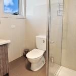 flexistayz 6 balmer street room 18 bathroom
