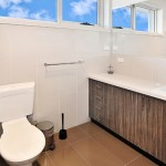 flexistayz 6 balmer street room 8 bathroom
